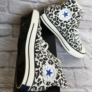 Converse all Star Chuck Taylor Sneaker Shoes 8.5